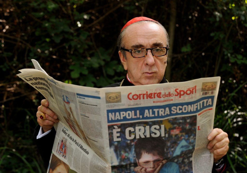 Cardinal Voiello (Silvio Orlando) dans la série The Young Pope