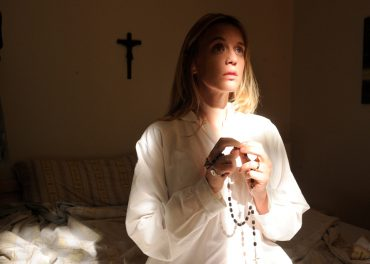 ludivinesagnier-theyoungpope