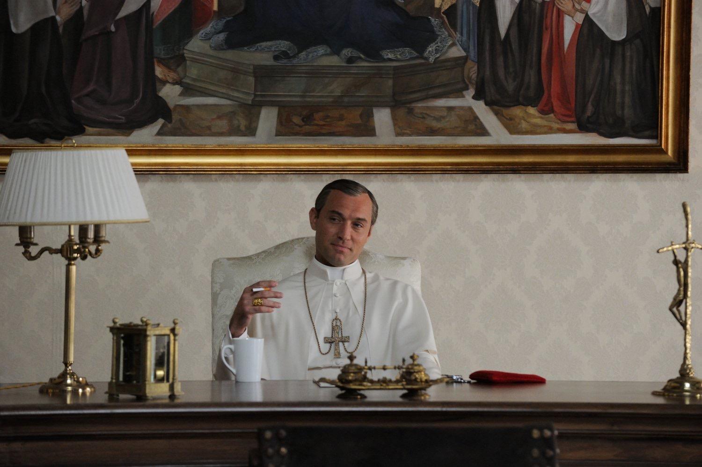 Avec The Young Pope, Canal+ aurait un TGV de retard ?