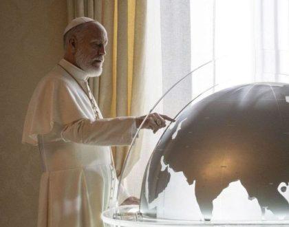 Le pape choisit-il ses voyages comme dans la pub du Loto ?